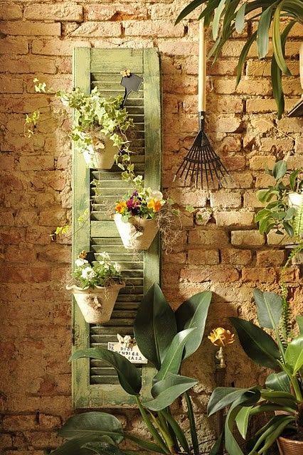 เพิ่มความคลาสสิกให้สวนสวยด้วยบานประตูไม้เก่า รูปที่ 2
