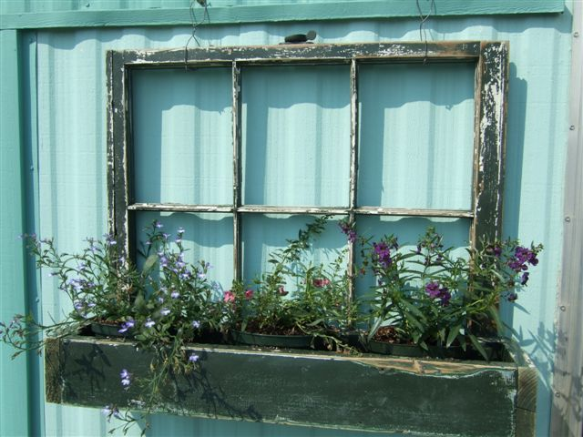 เพิ่มความคลาสสิกให้สวนสวยด้วยบานประตูไม้เก่า รูปที่ 7