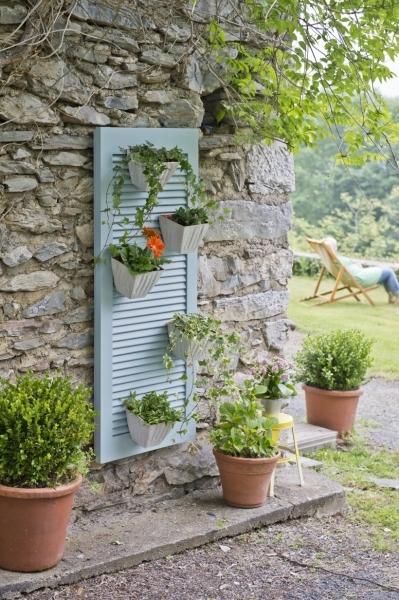 เพิ่มความคลาสสิกให้สวนสวยด้วยบานประตูไม้เก่า รูปที่ 11