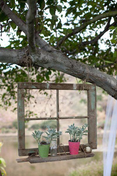 เพิ่มความคลาสสิกให้สวนสวยด้วยบานประตูไม้เก่า รูปที่ 19