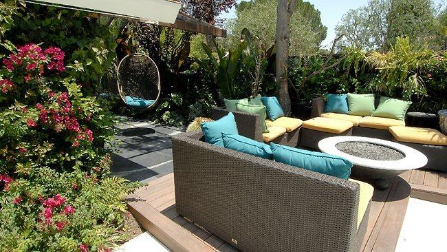 Outdoor Living Room โซนรับแขกแบบเปิดโล่ง รูปที่ 12