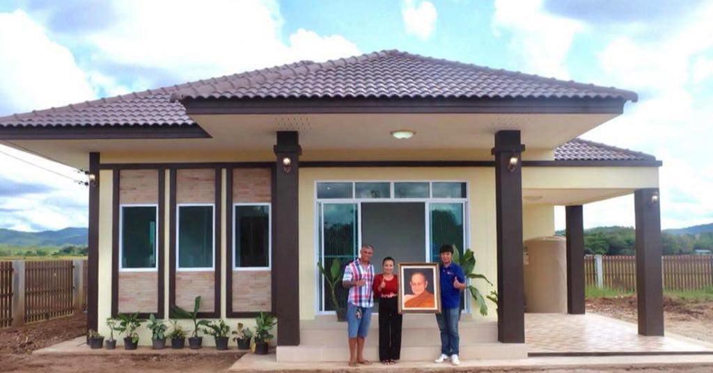 บ้านชั้นเดียว ดีไซน์สวยงาม  3 ห้องนอน 2 ห้องน้ำ ด้วยงบก่อสร้าง 1,250,000 บาท