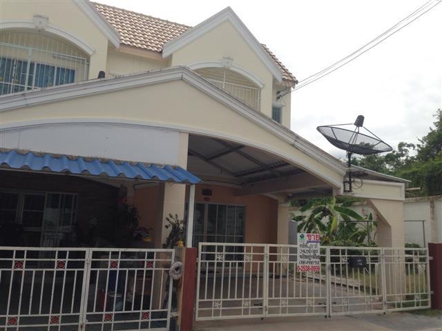 ขายทาวน์เฮ้าส์หมู่บ้านประภัสสรกรีนพาร์ค 5 พื้นที่ 42 ตร.ว ชลบุรี