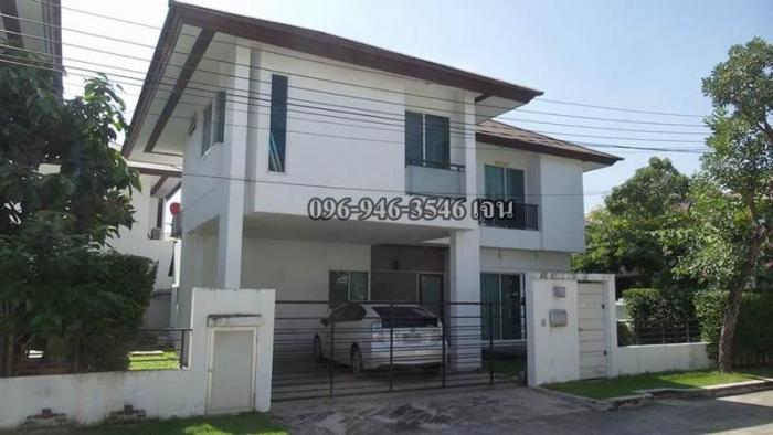 ให้เช่า บ้านเดี่ยว 2 ชั้น Nirvana Beyond Lite Rama 9 ซ.กรุงเทพกรีฑา 32 ใกล้แอร์พอร์ตลิ้งค์ สถานีทับช้าง สนใจโทร 096-946-3546  เจน