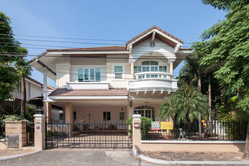 ขายบ้านเดี่ยว!! บ้านภัทรา อ่อนนุช-วงแหวน (ถนนสุขาภิบาล 2)  4 ห้องนอน 3 ห้องน้ำ เดินทางสะดวก ใกล้มอเตอร์เวย์ และ วงแหวนกาญจนา