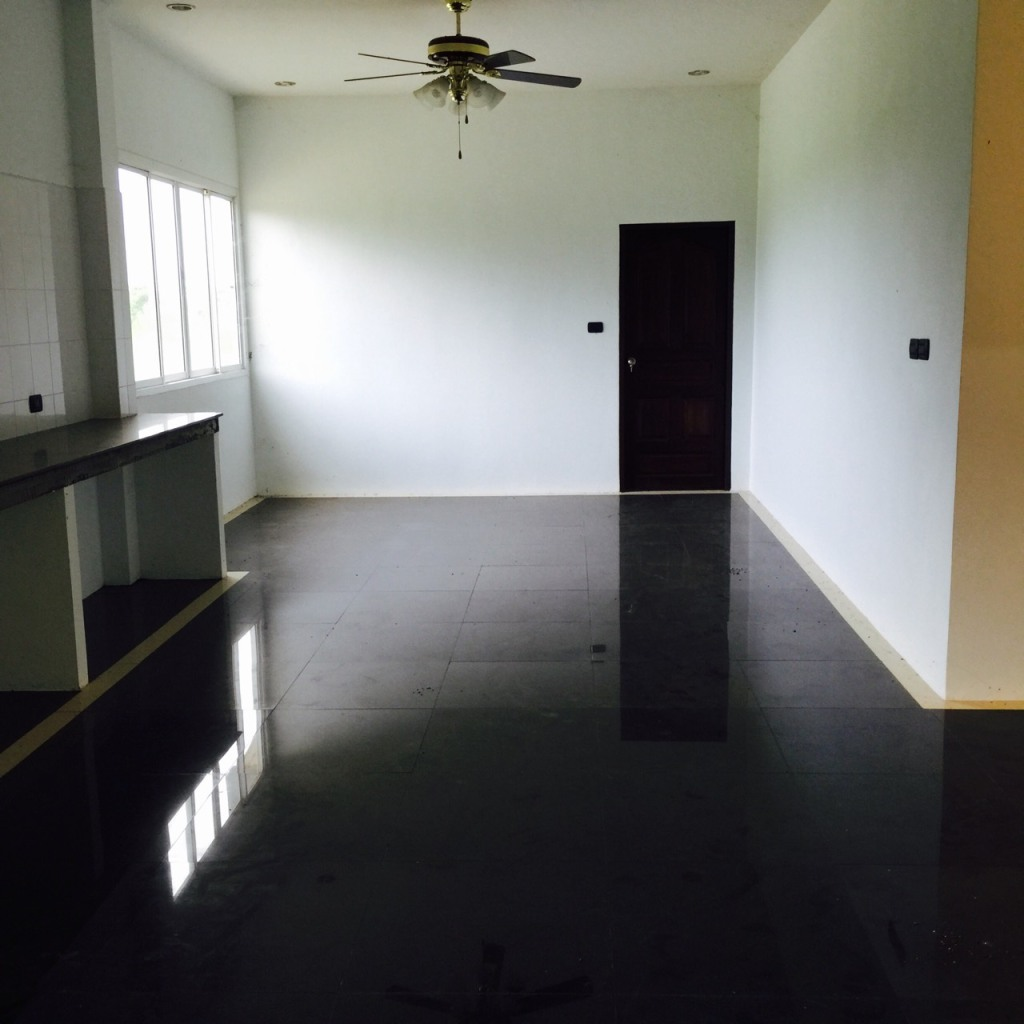 Large land 4 Rais with New House for sale Chonburi very peacefully good natural