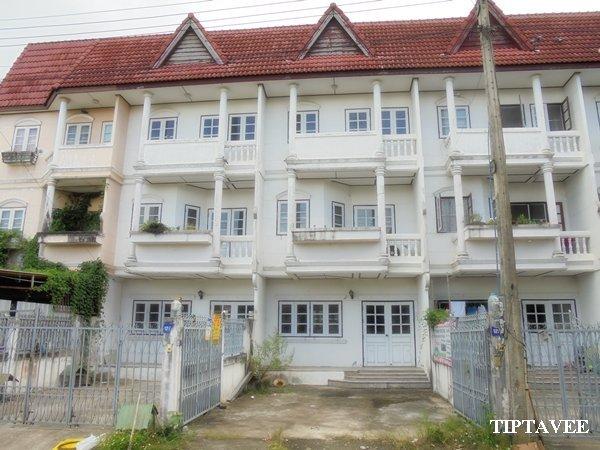 23111 ขายบ้านสันติ ให้เช่าบ้านใกล้แยกร้องขุ่น สันกำแพง เชียงใหม่ Townhouse for Sale/Rent, Santi Village Sankamphaeng Chiangmai THAILAND