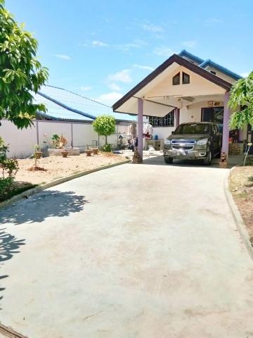 ขายบ้านเดียว ถูกมาก  บ้านปลูกเองพร้อมที่ดิน 100 ตรว. ซอยวัดทุ่งกราด อ.บางละมุง จ.ชลบุรี