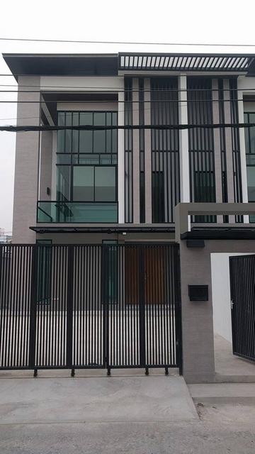 ขาย โฮมออฟฟิศThe Wings นาคนิวาส18 บ้านใหม่ใกล้เซ็นทรัลอีสวิลล์