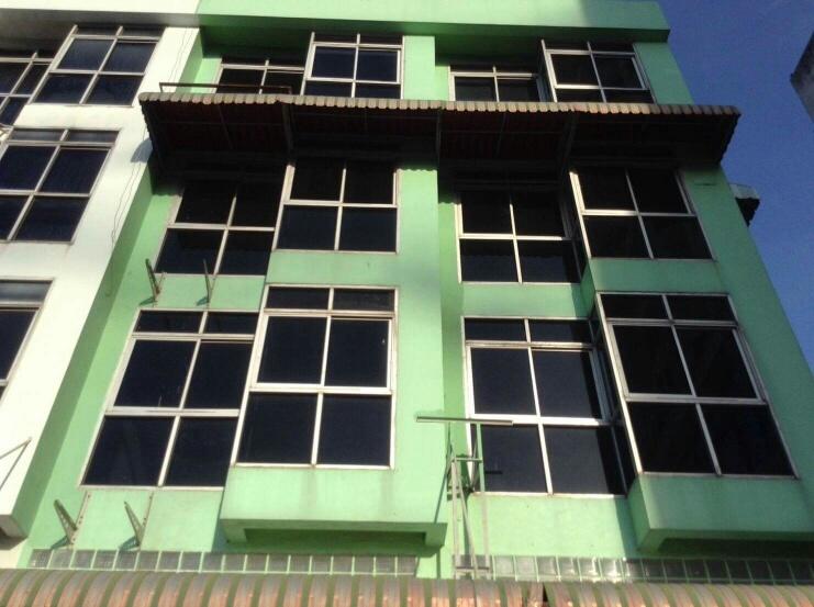 ให้เช่าตึก 2คูหา 4.5 ชั้น ปรับปรุงใหม่มาก เหมาะทำสำนักงาน ประชาราษฎ์บำเพ็ญ 18-20