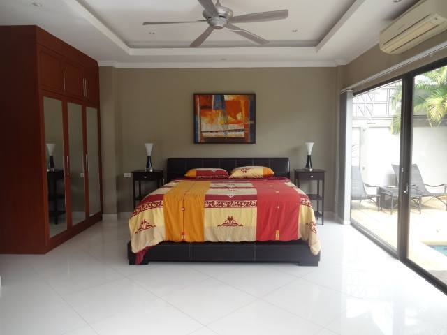 Luxury 2 Bedroom House for sale on Pratamnak