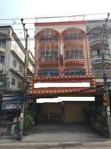 ขายอาคารพาณิชย์ ตึกแถวซอยเอกชัย69 จำนวน 2 คูหา(แบ่งขายได้)  พื้นที่ใหญ่ ทำเลดี เหมาะทำธุรกิจและอยู่อาศัย  ขายถูก