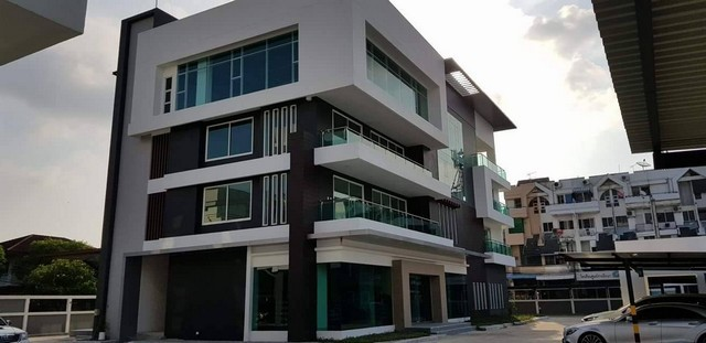 OFR1002: Office For Rent Building 4 Floors Ladproaw 101 Price 400,000THB/Month