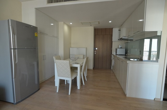 Noble Remix for sale with skywalk from BTS Thonglo 2 Bed 81 sqm 15600000 Bath