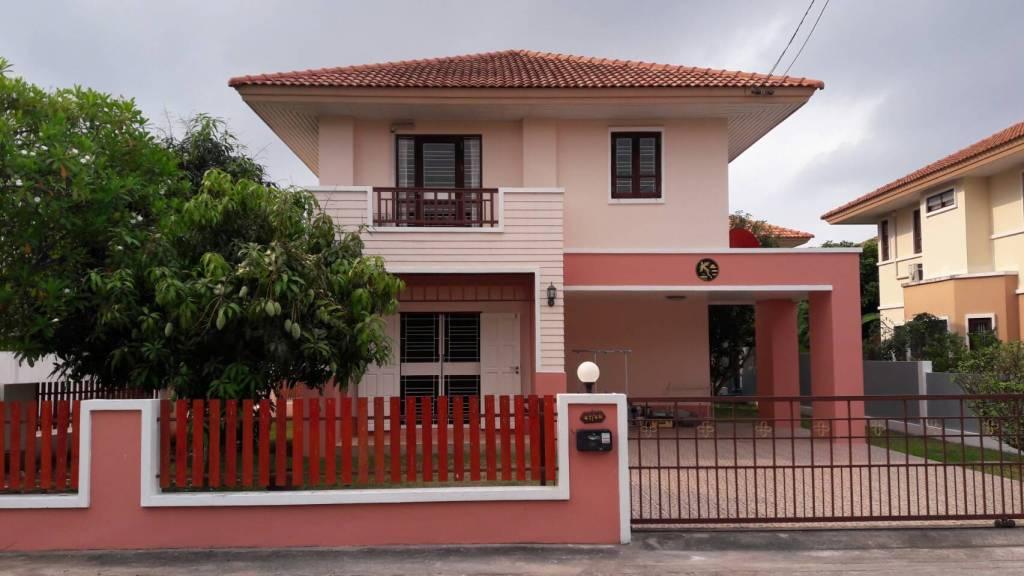 ขายด่วนร้อนเงิน!! บ้านเดี่ยวสวยและถูกมากก หมู่บ้านทรัพย์ธานีบ้านดอน ระยอง คุ้มมาก!