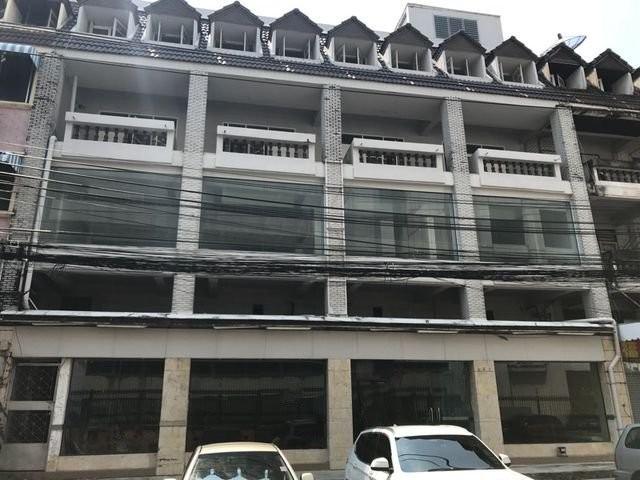 S0323 ขายอาคารพาณิชย์ 6 ชั้น ซอยรามคำแหง 24 ใกล้มหาลัยเอแบค