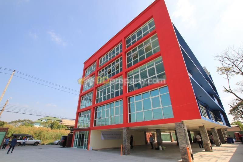 ขายอาคารสำนักงาน 5 ชั้น พื้นที่ 210 ตารางวา พระรามเก้า ซอย 55