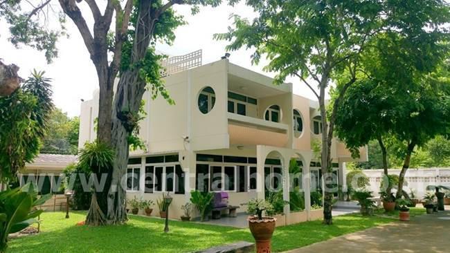 ขายบ้านเดี่ยว 2 ชั้น เนื้อที่ 80 ตร.ว.พร้อมที่ดิน 398 ตรว. ( 1 ไร่ ) นนทบุรี 40 ( สนามบินน้ำ )