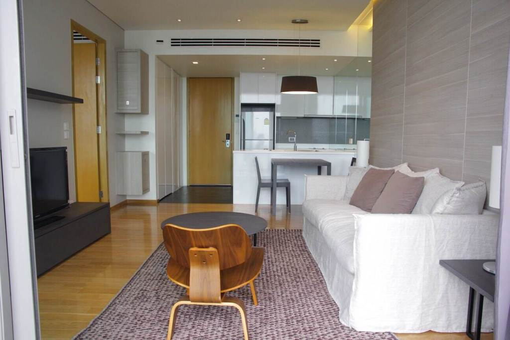 Room for rent Aequa Residence Sukhumvit49 52000THB just 650m from BTS Thong Lo ref-dha180848