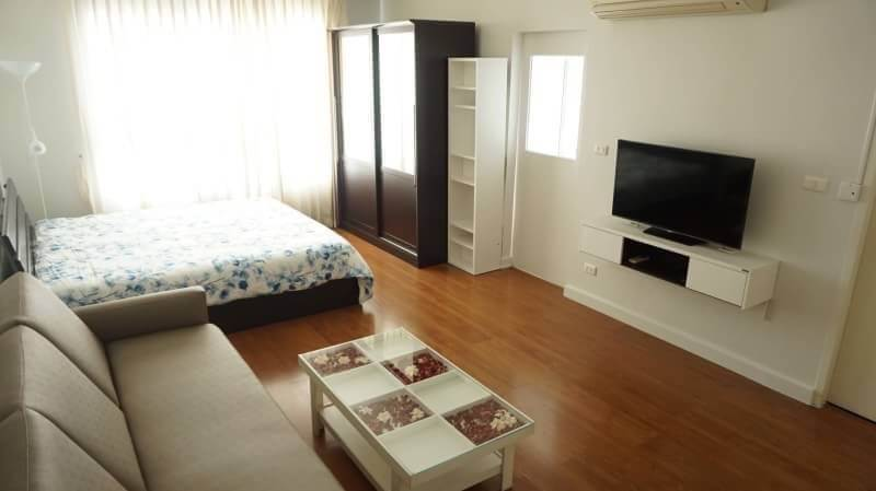 Room for rent Condo One X Sukhumvit26 18000THB 700m from BTS Phrom Phong ref-dha180846