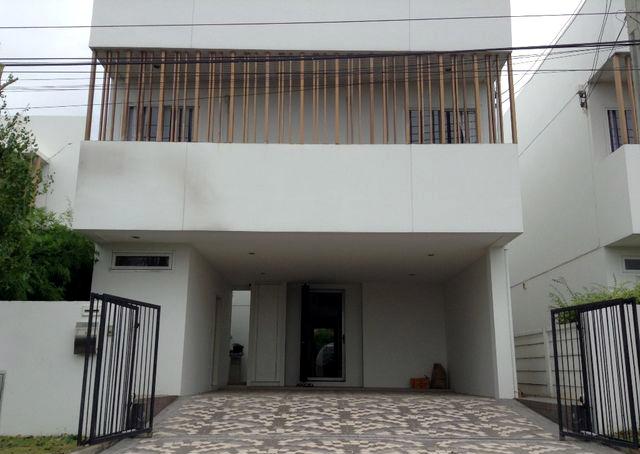 บ้านเดี่ยว 2ชั้น หลังมุม คอร์ทยาร์ด วิลล่า  Courtyard Villa  พระราม9 - วงแหวน