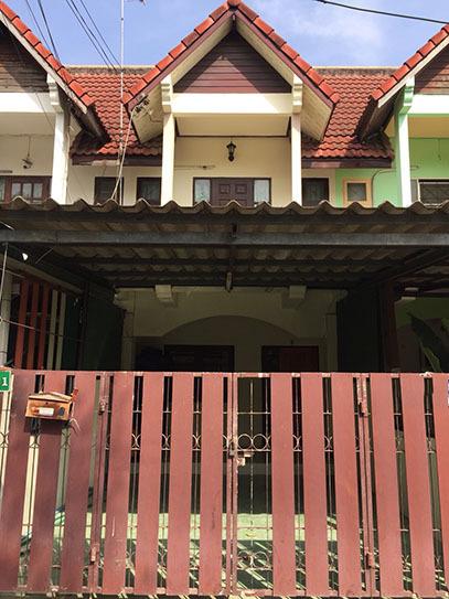 3A2MG0598 ให้เช่าทาวน์เฮ้าส์ 2 ห้องนอน 2 ห้องน้ำ ราคาเช่าเดือนละ 6,000 บาท พื้นที่ 21 ตร.ว.