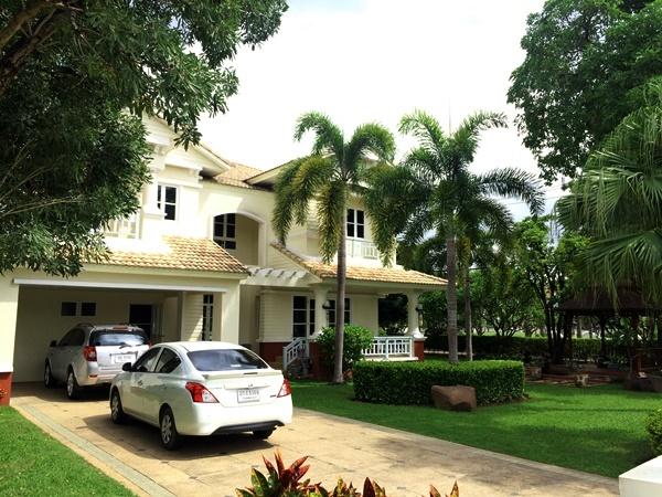 บ้านใหญ่หลังริม 189ตรว หมู่บ้านชลลดา L&H แม่โจ้ สันทราย บ้านสภาพดีพร้อมสวนสวย