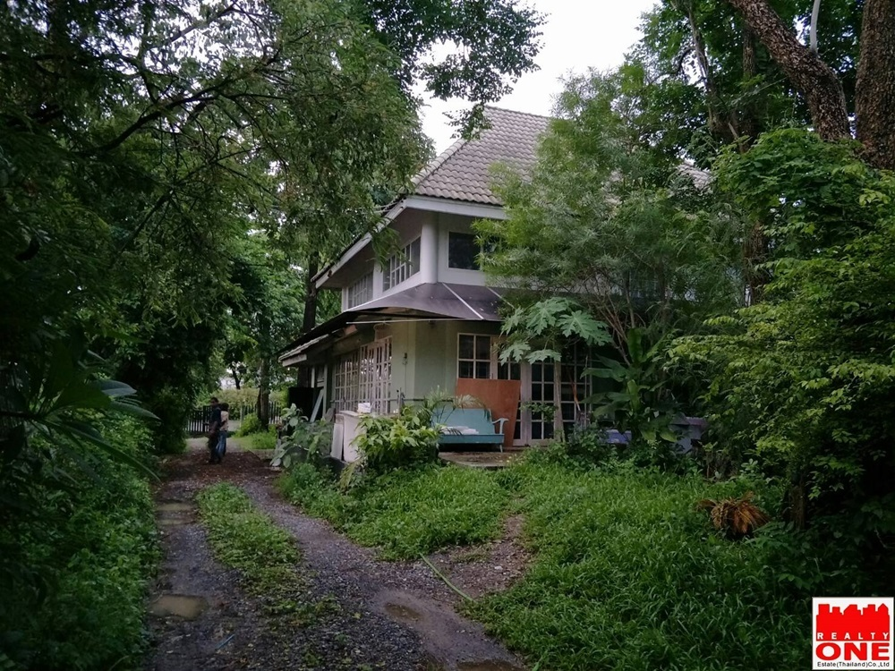 ขายบ้านพร้อมที่ดิน (3 งาน 40 ตรว.) ซอยเพียรธรรม-สมาน ถนนบางกรวยไทรน้อย 15 จังหวัดนนทบุรี
