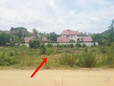 ขายที่ดินปากน้ำปราณ ปราณบุรี ติดถนน 2 ด้าน วิวภูเขา ใกล้เคียงเป็นบ้านพักอาศัยและรีสอร์ท
