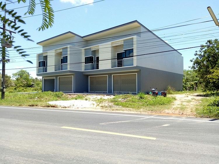 ลัค พร็อพเพอร์ตี้ ขายอาคารพาณิชย์ใหม่ 2ชั้น 27 ตร.ว.ริมถนนใหญ่เหมาะค้าขาย อ.หาดใหญ่ จ.สงขลา